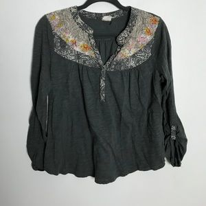 Anthropologie Akemi + Kin Top L GUC